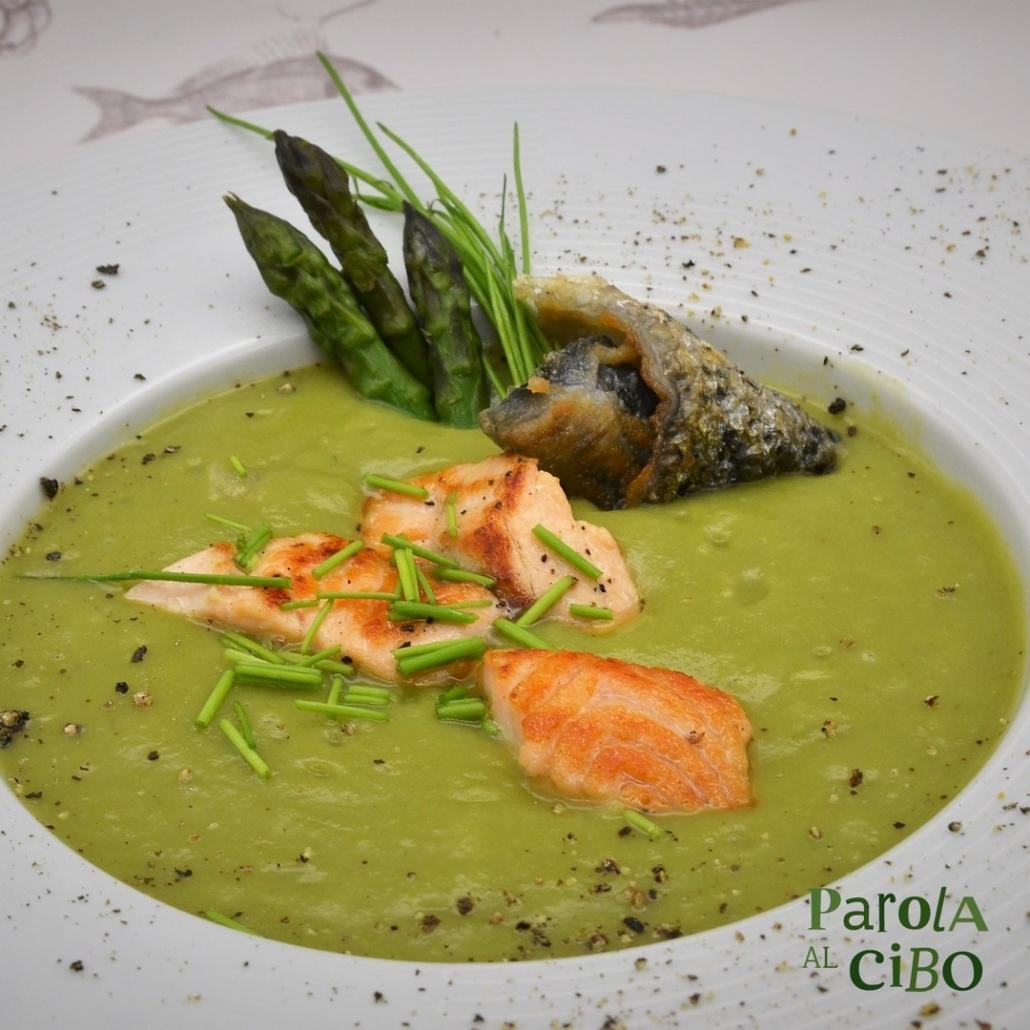 Crema di asparagi e salmone