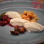 scuola di cucina parola al cibo ricette Mousse alla ricotta con lamponi e crumble